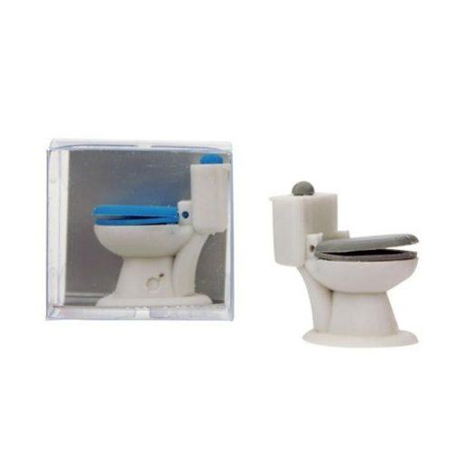 TRH Radír, WC alakú